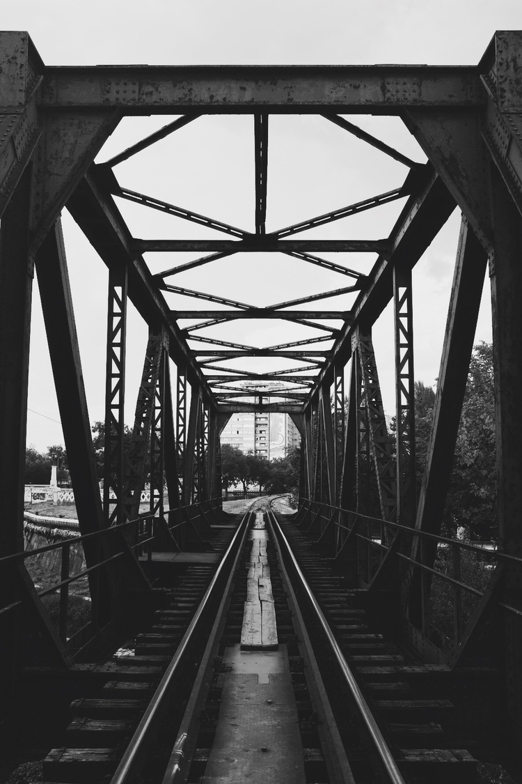 rail, bridge, bw, kragujevac - talexic | ello