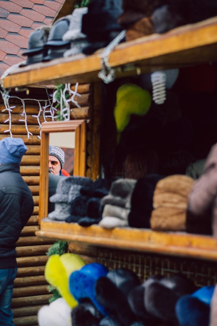 Romanian Christmas Market Braso - clondon | ello