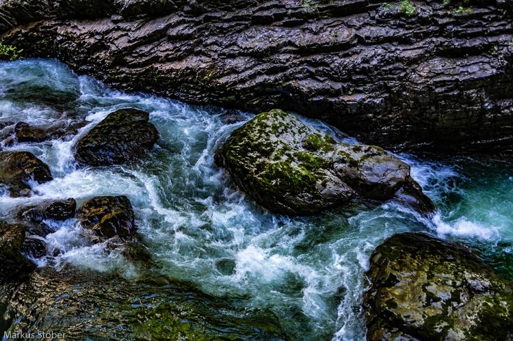 Breitachklamm - Rocks water - mcmac | ello