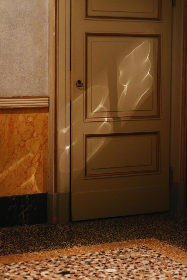 milan, shadows, photography, analogue - kristinasimic | ello