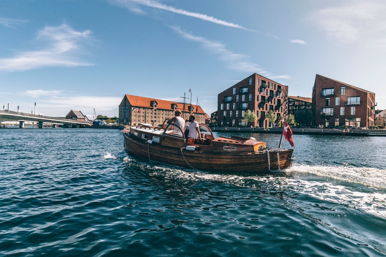 places perfect, sun-kissed day  - visitcopenhagen | ello
