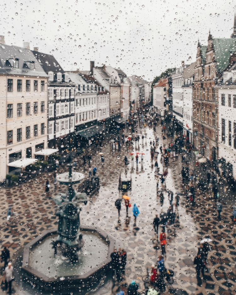 Today walk rain fellow photogra - visitcopenhagen | ello