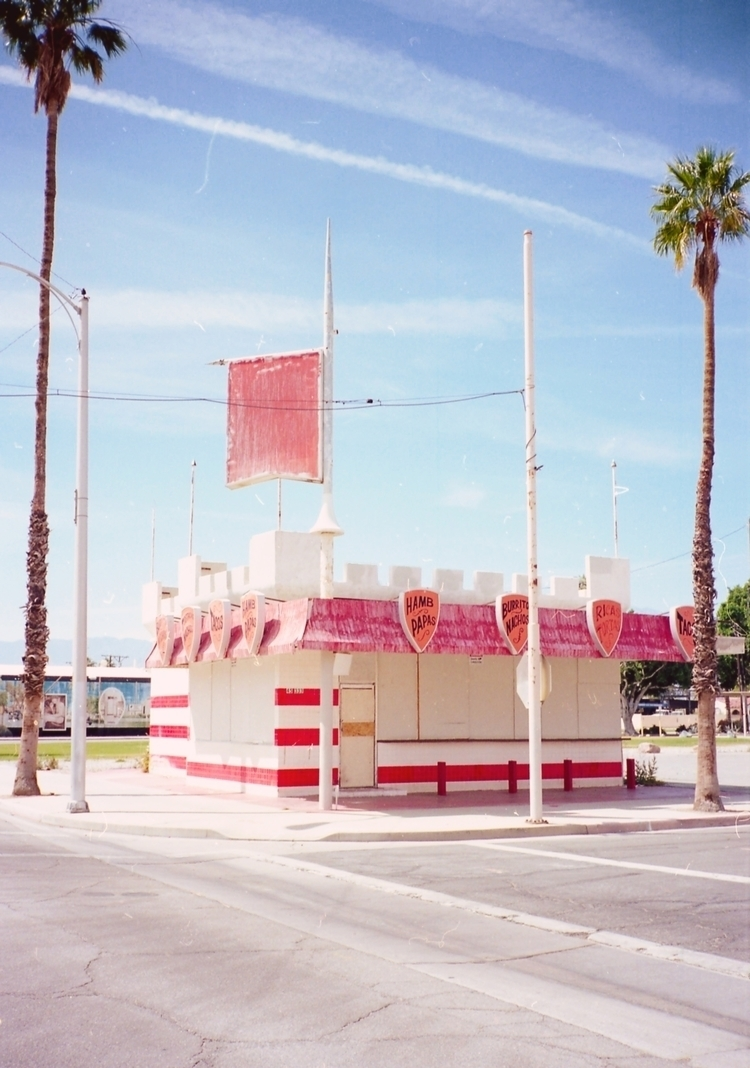 Palm Springs shot Contax T2 Ekt - jvmpthegun | ello