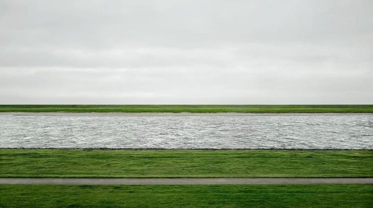 Andreas Gursky photograph chang - helka | ello