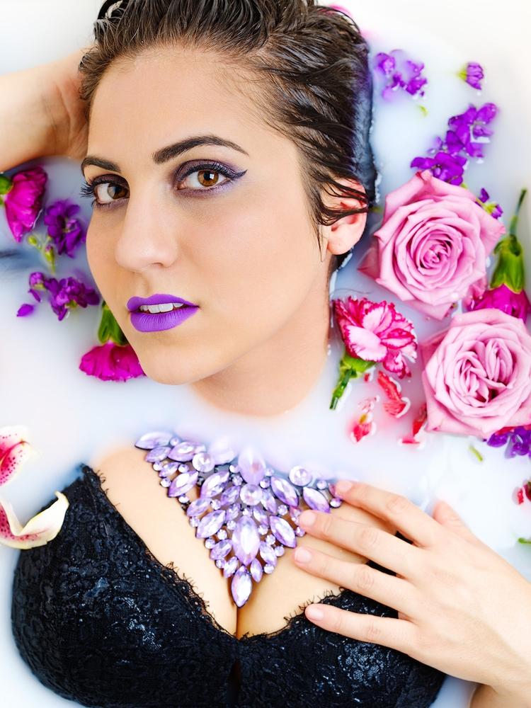 floral kick loved necklace brou - jsgates | ello