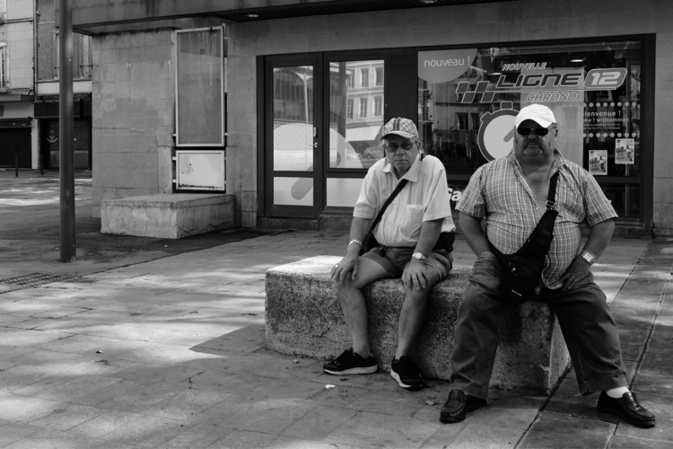 Bench - Fujifilm, streetphotography - capturerlinstant | ello
