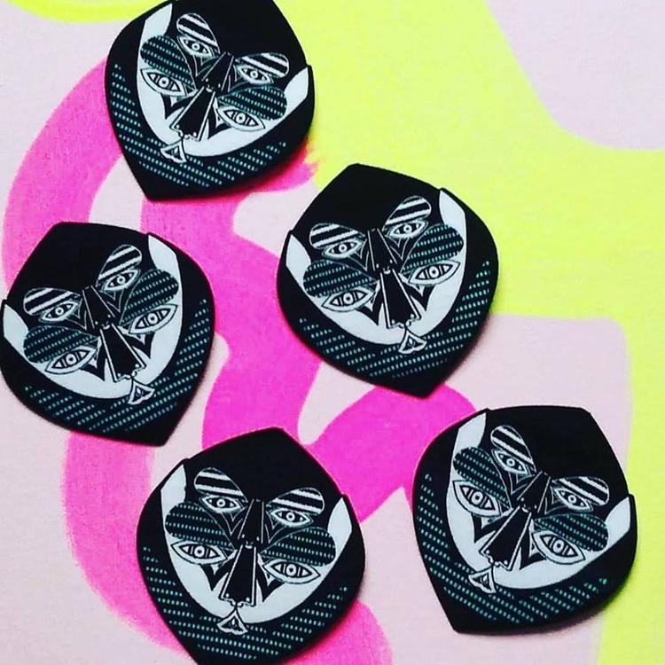 watcher patches - limited run - undianuevo | ello