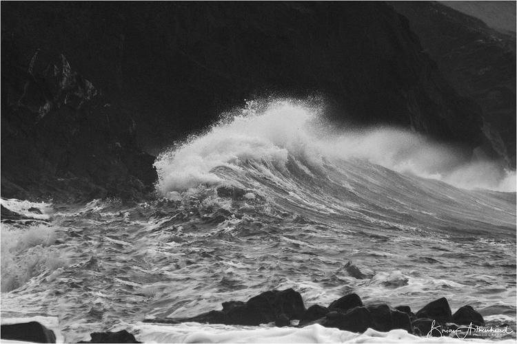 Porthleven - wave, storm, cornwall - applebear1976 | ello