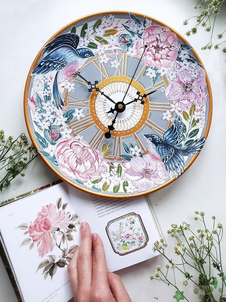 Handpainted ceramic wallclock - estriadaartworks | ello