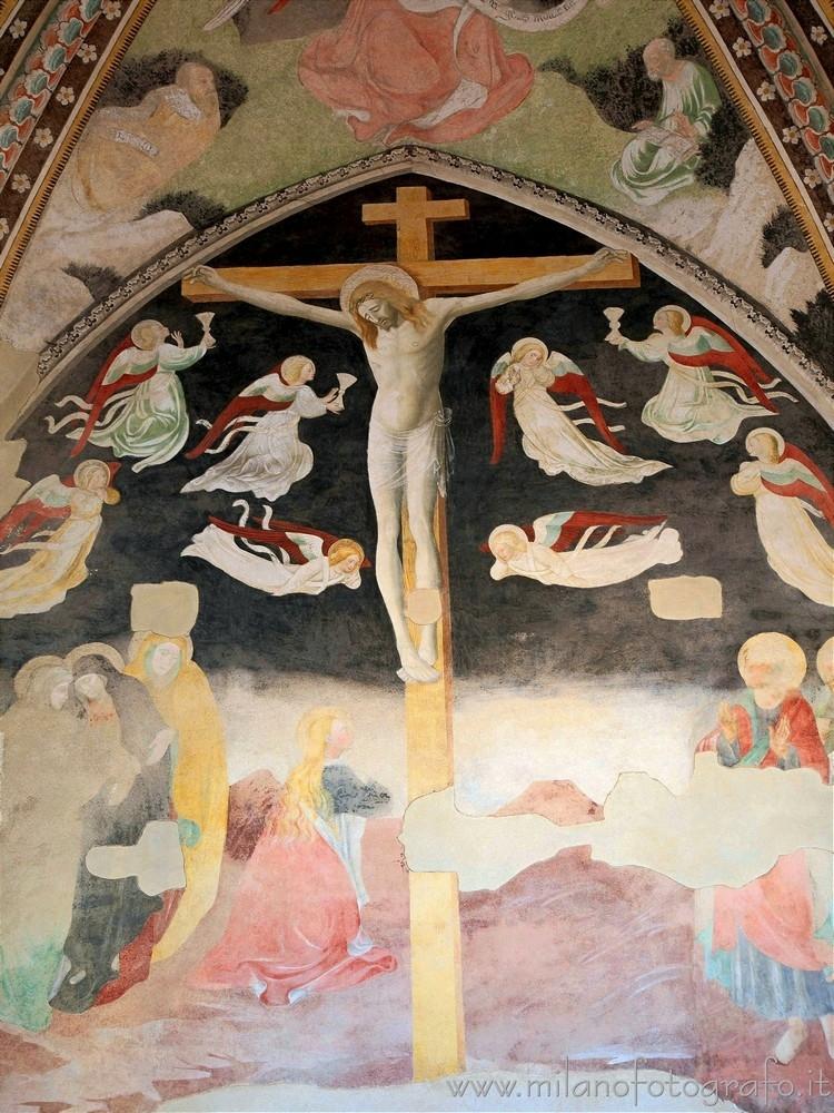 Novara (Italy): Fresco crucifix - milanofotografo | ello