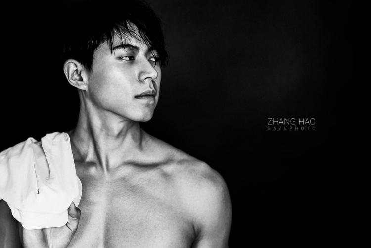 20170421 - portrait, 90s, photoshop - zhanghao | ello