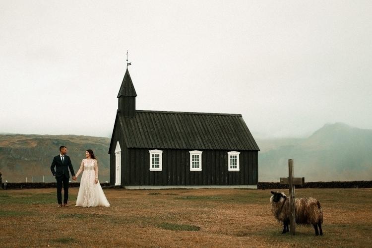 Iceland - hreniuc | ello