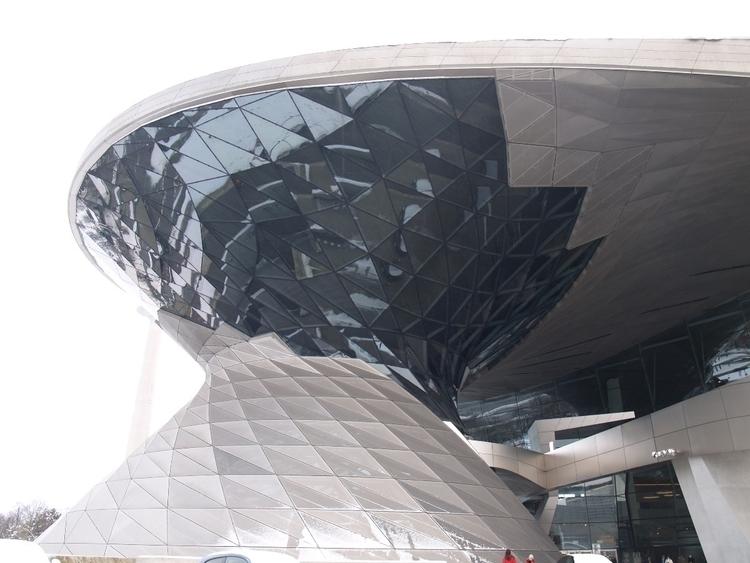 BMW Welt, interactive exhibitio - ellomuseum | ello
