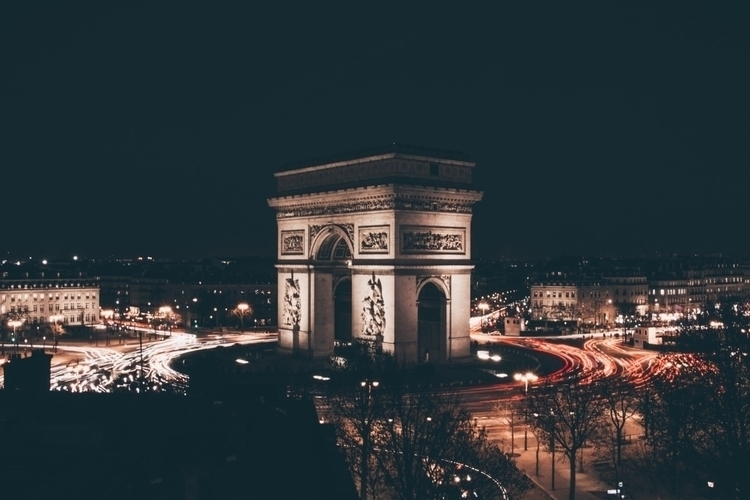 Arc de Triomphe Instagram Websi - colindtn | ello