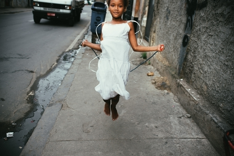 Jumping rope. Rio de Janeiro - Photography - antonio_franco | ello