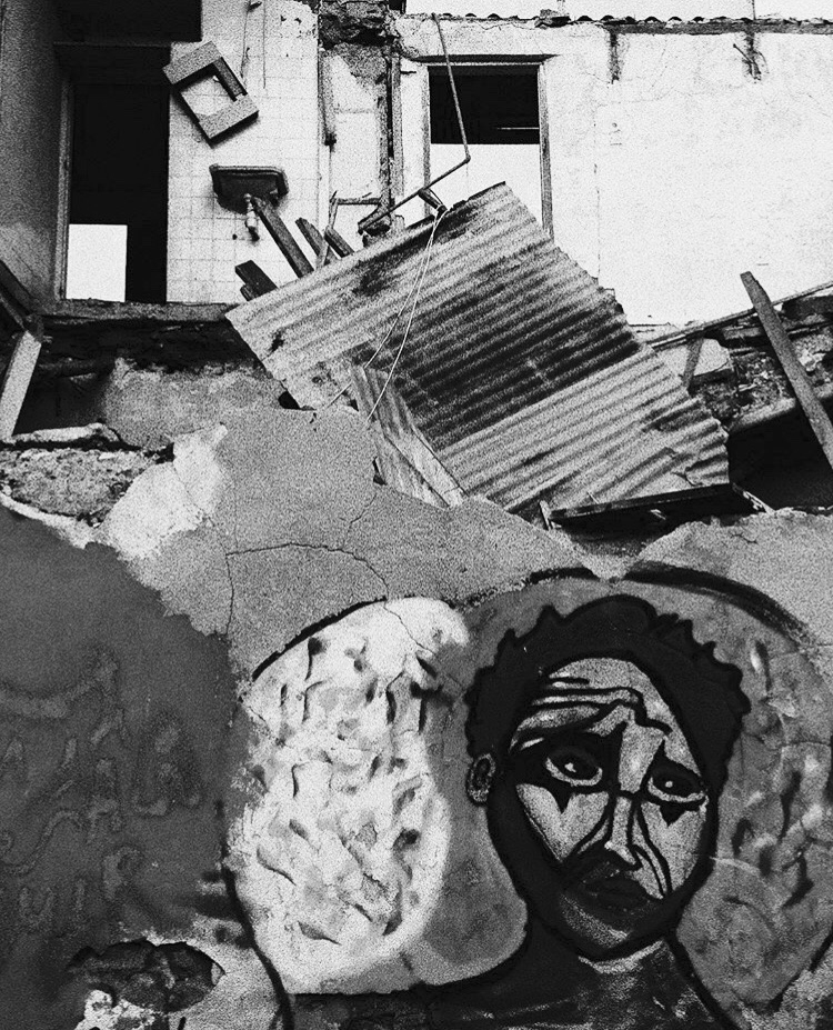 gray hair gods graffiti - streetart - paulahopirtean | ello