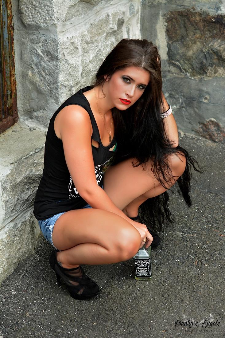 Cynthia Angels  - frankysangels | ello