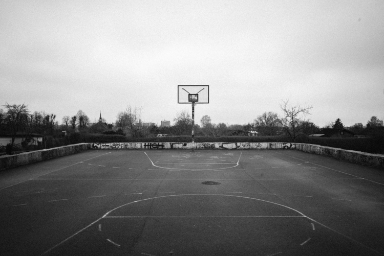 Street basketball court south-e - kayserlich | ello