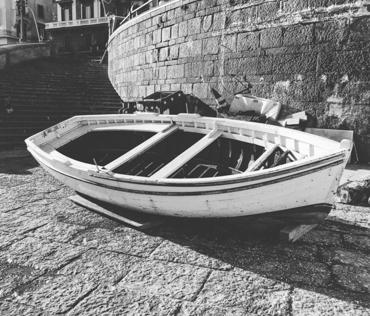 noperson, water, boat, sea, watercraft - _gimble_ | ello