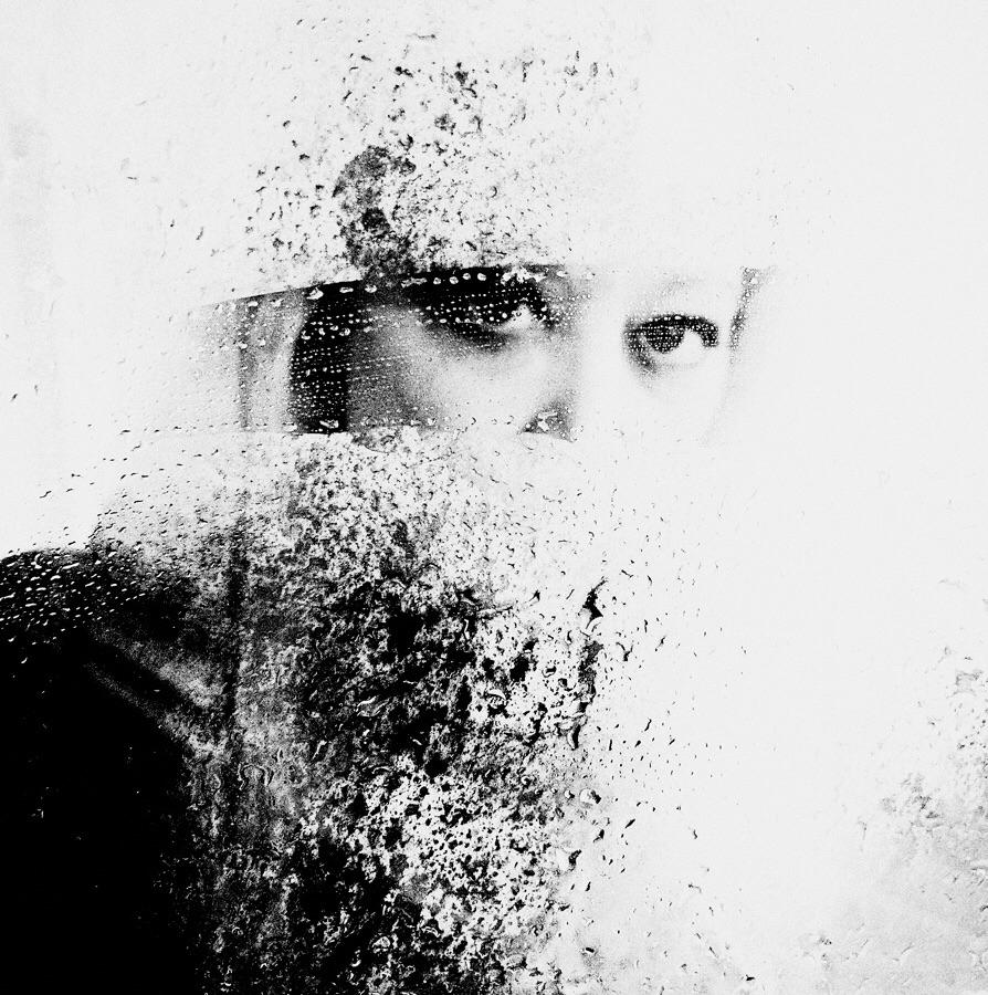 Sarah Lawrie  - selfportrait, blackandwhite - sarahlawrie | ello