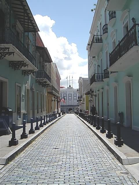 Street leading Mansion backgrou - cyberoptiq | ello