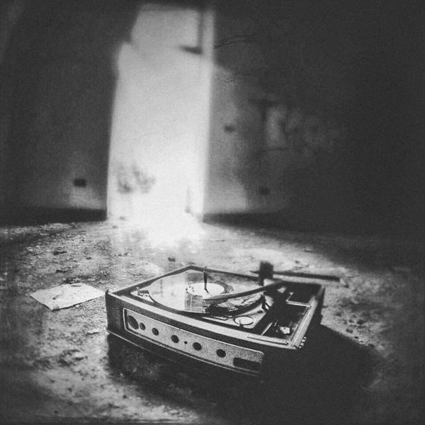 Sight Sound - blackandwhite - lubaluft | ello