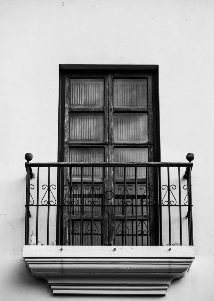 Window Guatemala 2017 - josiah_m_ | ello