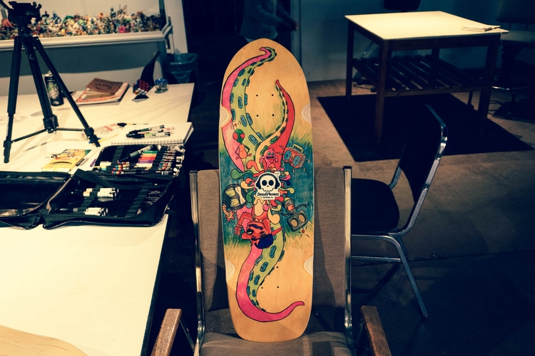 Illustrated Skateboard DeadPhon - roberthinojosa | ello