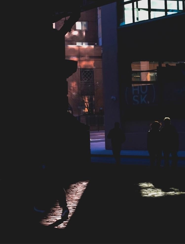 Playing light - humaneffect, peopleinframe - chris_t_ramos   ello