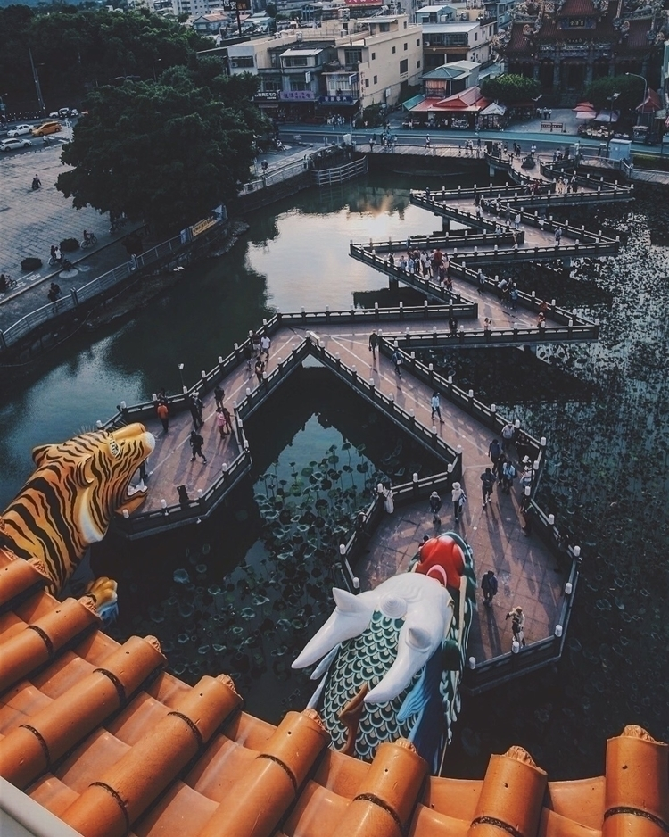 Dragon Tiger Pagodas Kaohsiung - franceslim | ello