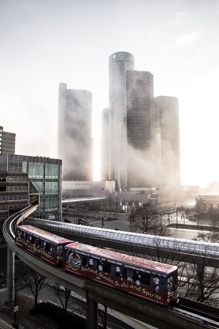 Foggy Morning Detroit - detroit - sxrreal | ello