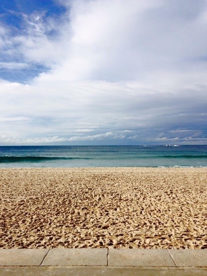 Tamarama Beach, South Wales, Sy - estrella__aira | ello