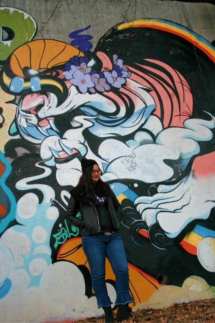 ATL graffiti - wabearultra   ello