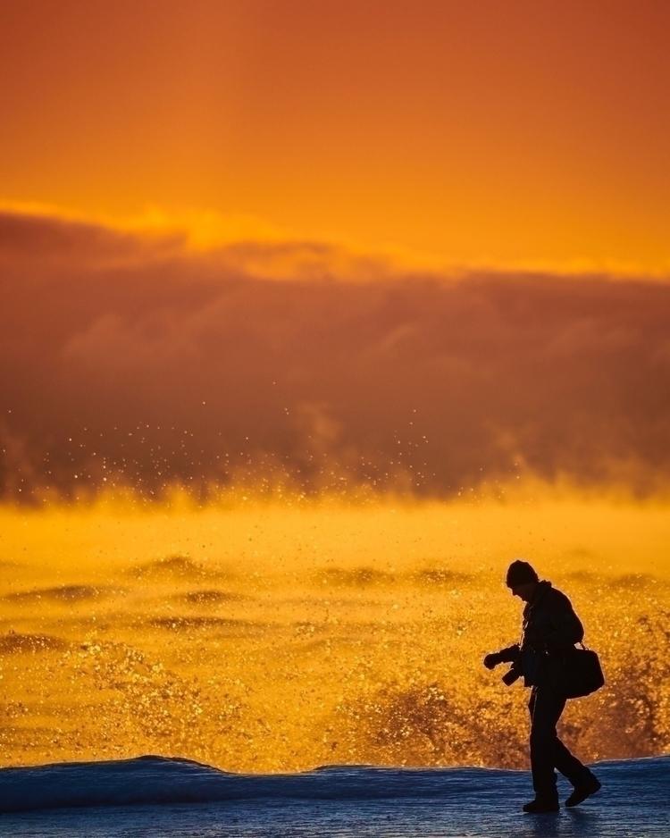 Sunrise Atwater Beach. Milwauke - indiemoto | ello