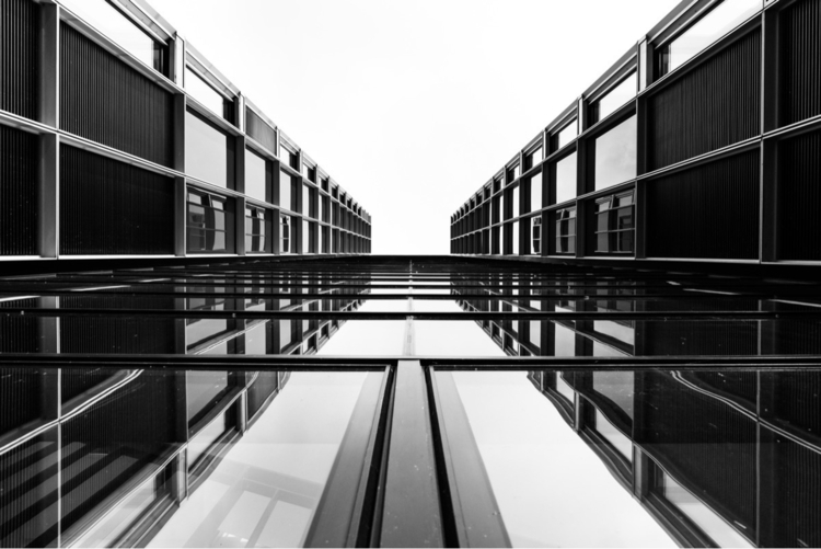 PΞЯSPΞϾТIVΞ Lookup Cologne - architecture - origiginal | ello