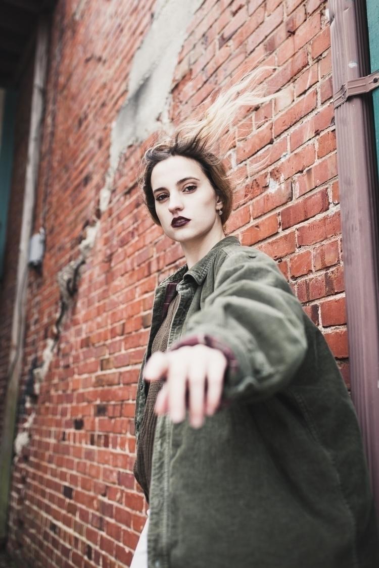Leah - photograhy, 35mm, portrait - craigbphotography | ello