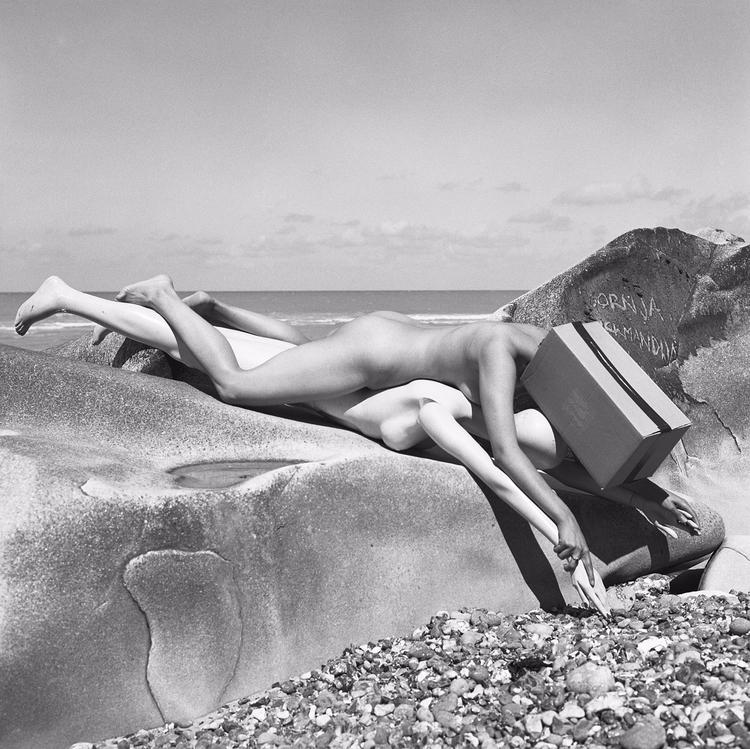 rocks, nude, artnude, blackwhitephotography - brunofournierphotographe | ello