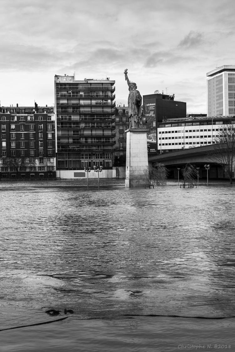 Liberty danger - flood, paris, liberty - christophen | ello