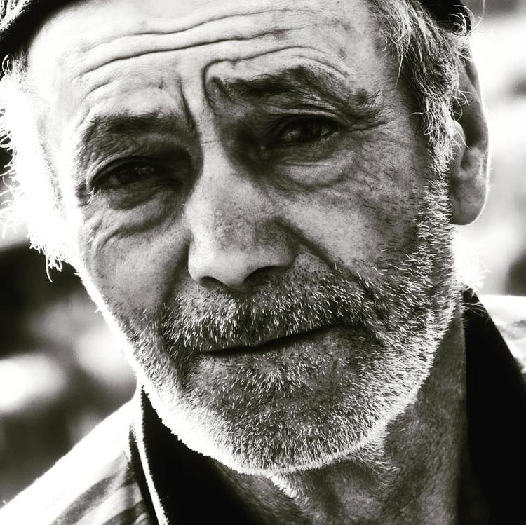 True face dispair. Botoșani cou - gabrieldascalu | ello