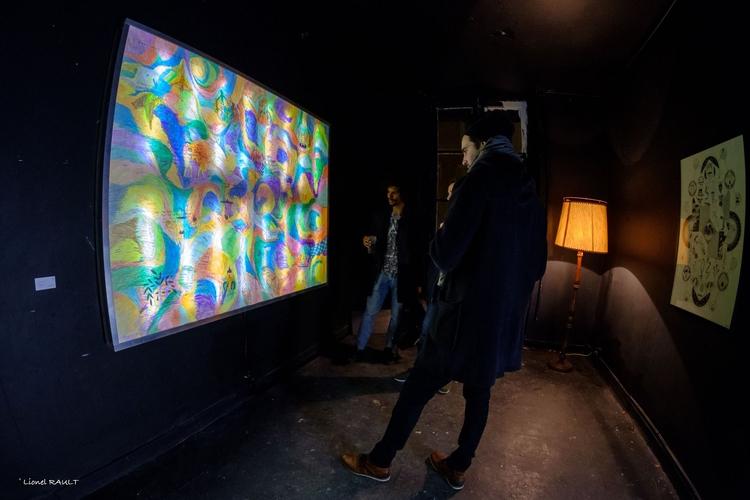 Installation KYLAM Lyon exhibit - floatinggallery | ello