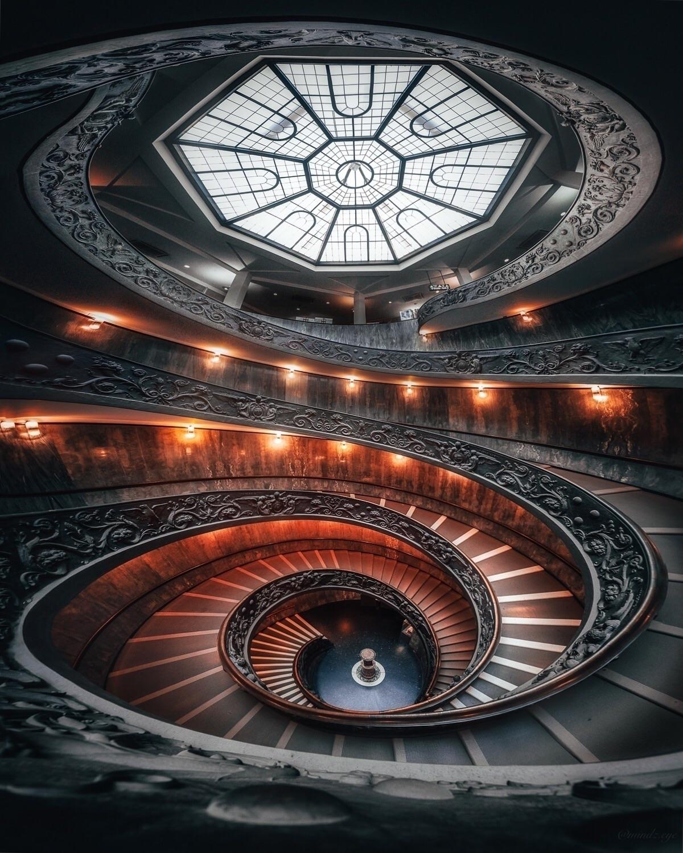 Bramante Staircase Vatican Muse - mindzeye | ello