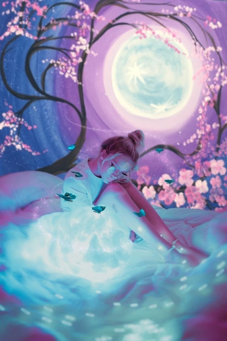 Wonderland, leave Neverland - portraitmood - nguyenlucid | ello