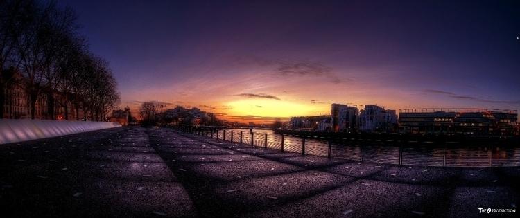 Sunrise Nantes  - theoprod | ello