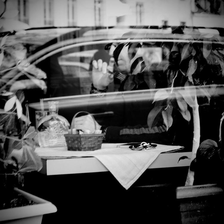 en voiture - day#033 year#05 - pierreacobas | ello