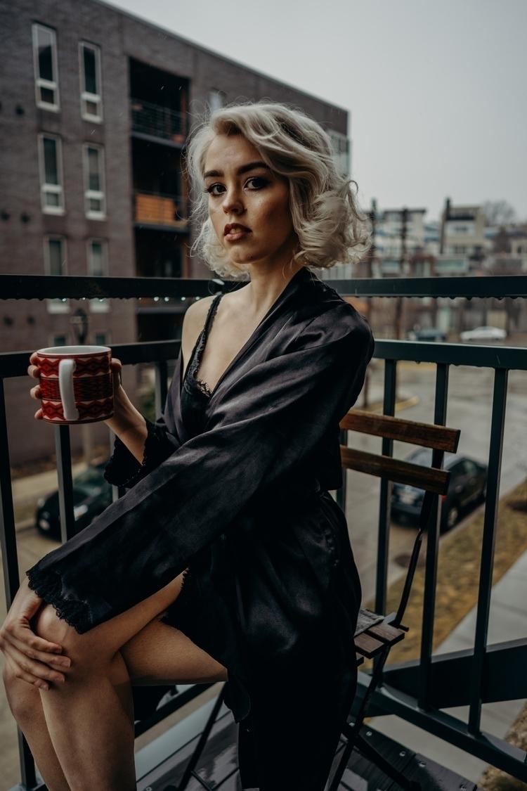 Modern Marilyn. Model IG - folkportraits - lykkevisuals | ello