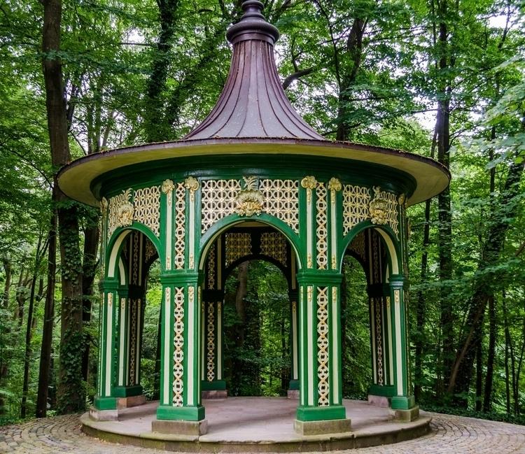Eremitage - Treillage Pavillon - marcuswilsonculley | ello