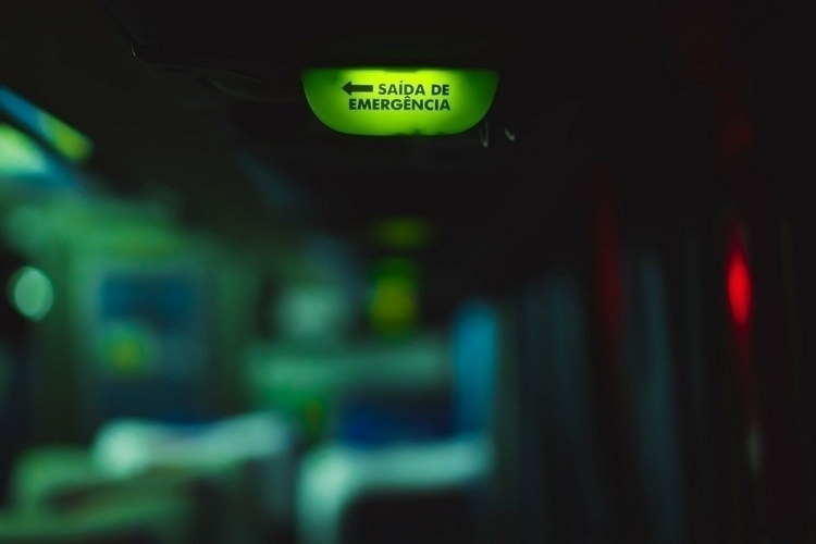 Saída de emergência/Emergency E - marcelomamedes | ello