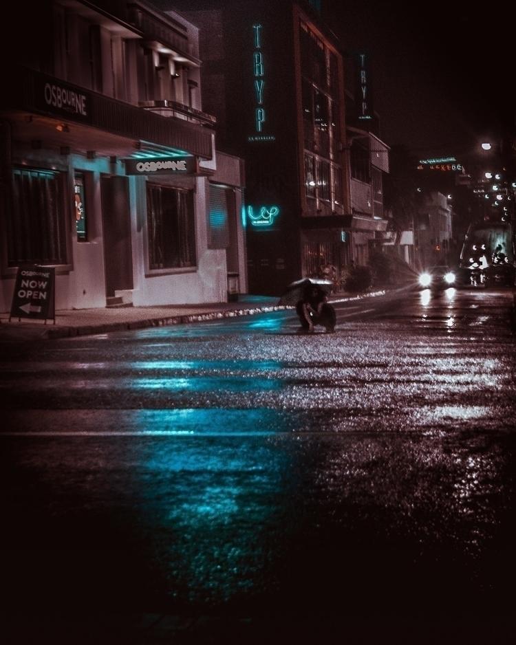 Dancing Rain - mood, rain, urbanphotography - g-river   ello