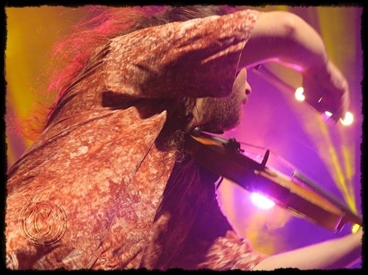 concert 4 LocoMondo - Greek mus - paraxeno | ello