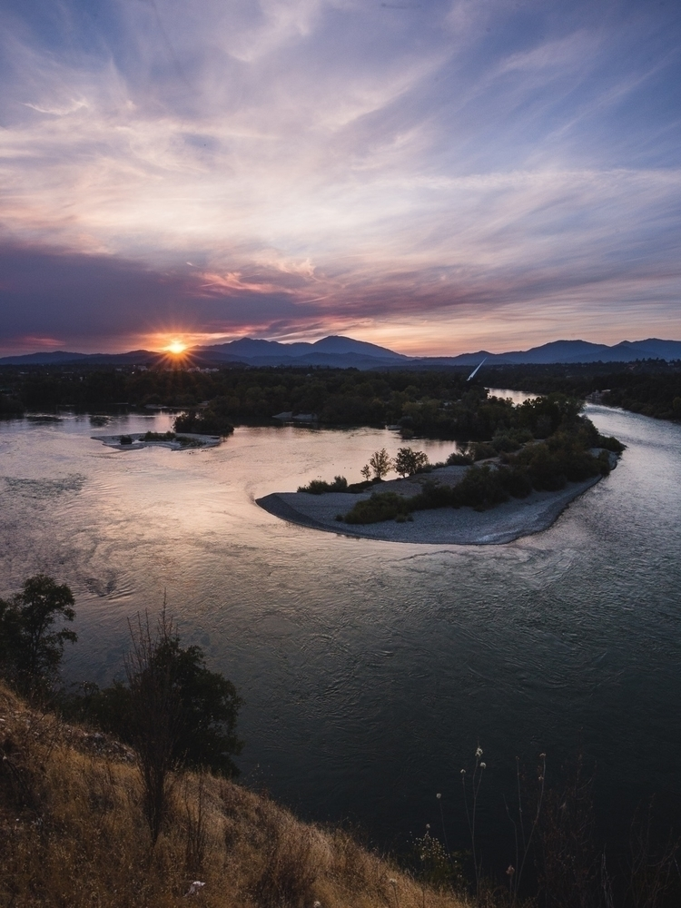 Good night world - redding, California - rusticatlas | ello
